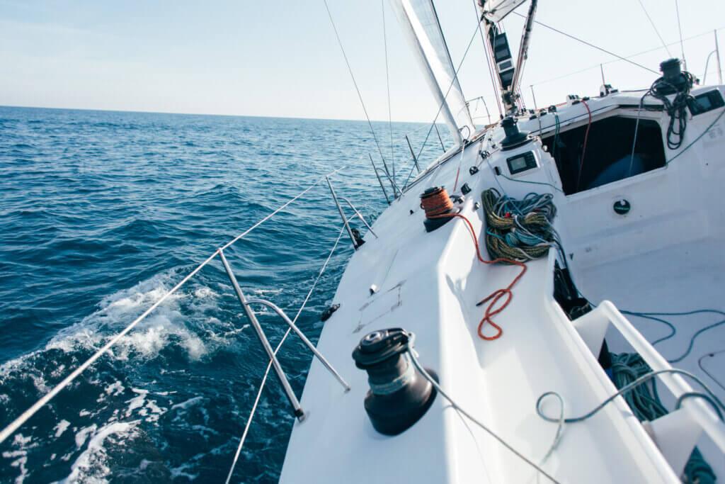 comment preparer son bateau pour l'été latitude nautique